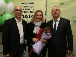 """Основателите на Фондация """"Приказка за пътя"""" - Деян и Красимира Ангелоеви."""